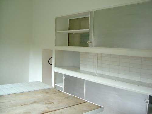 1398271381_753f5b86f2.jpgVilla Savoye Kitchen