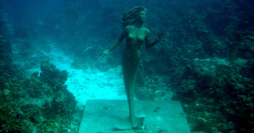Grand Cayman 9ft Bronze Mermaid 3
