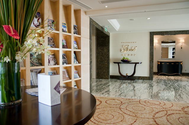 Magazines at Fairmont Gold Floor