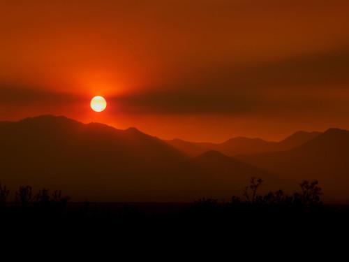 california sunset mountains landscape desert smoke picnik nikkor55200mmf456g