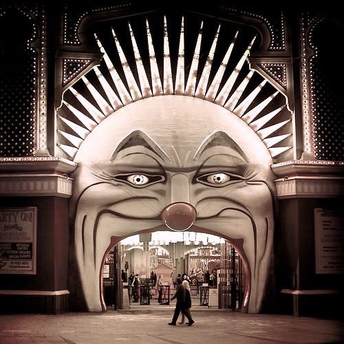 Melbourne / Circus / Vintage