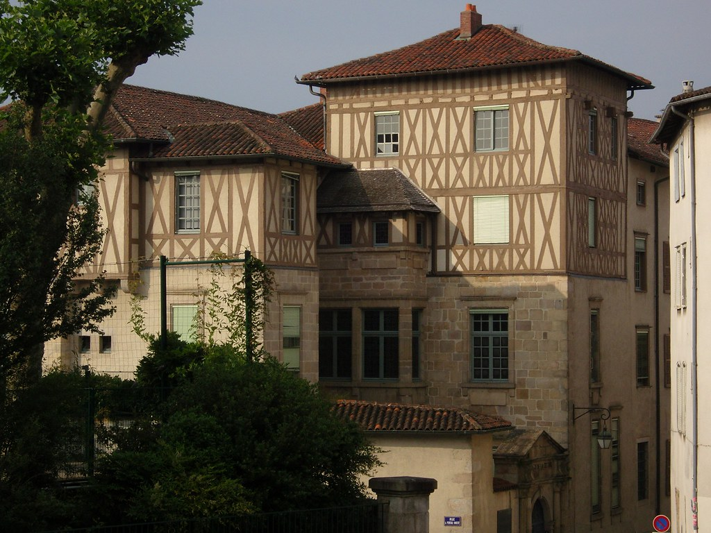 Limoges, Quartier du ch\xe2teau