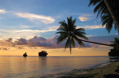 blue sea clouds boot palmtree tropical papua breathtaking bech amazingcapture worldtrekker breathtakinggoldaward superamazingcaptureaward breathtakinghalloffame naturesanct sopiori