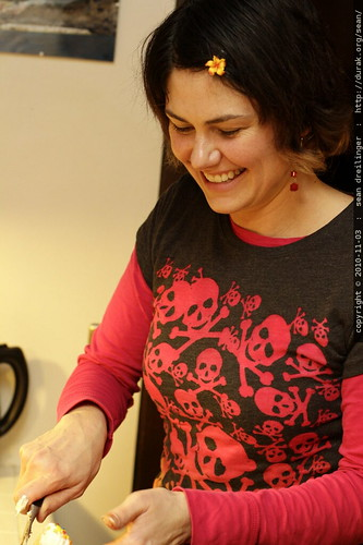 rachel, still slicing birthday cake