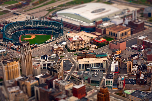 5143930823 45486037a6 z 30 Images Of Real Cities That Look Like Miniatures