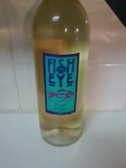 The winos 39 wine guide fish eye pinot grigio for Fish eye wine