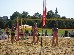 ball over a net games(1.0), volleyball(1.0), sports(1.0), beach handball(1.0), beach volleyball(1.0),