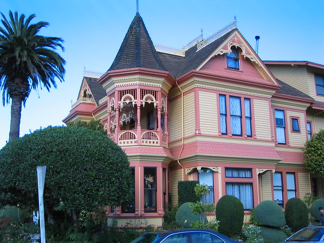 Victorian house in small oregon town flickr photo sharing for Eureka house