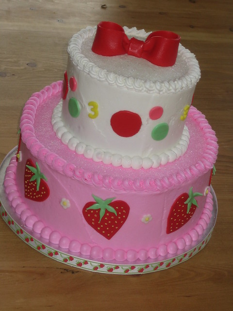 Magnificent Strawberry Shortcake Birthday Cake Ideas 375 x 500 · 109 kB · jpeg