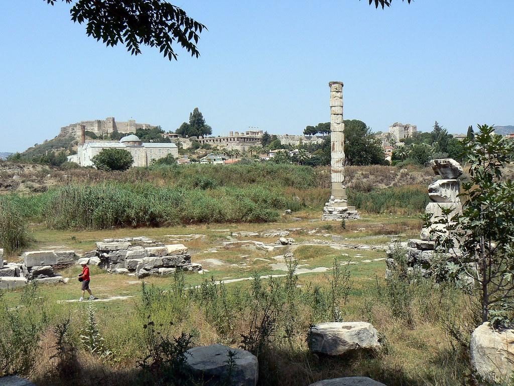 40 Photos of Temple of Artemis In Ephesus Turkey | BOOMSbeat