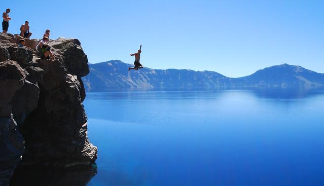 Jumping off cliffs - Flickr CC powderruns