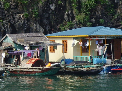 Floating Village, Ha Long Bay