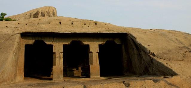 mamallapuram Trimurti Cave