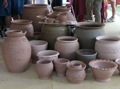 wheel(0.0), potter's wheel(0.0), ceramic(0.0), art(1.0), flowerpot(1.0), clay(1.0), pottery(1.0), craft(1.0),