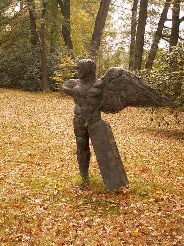 Lebendig ward der Stein im Park bei Pulsnitz ein Marmorbild Schlosspark wie lodernde Glut 186