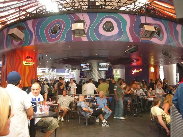 carnival court - bar