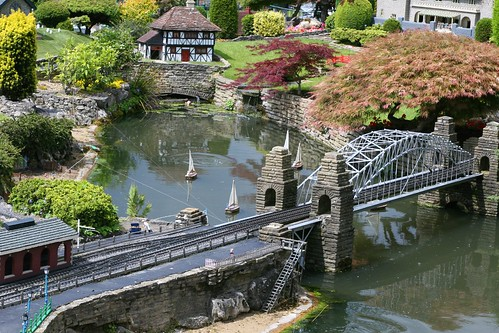 Rail Bridge - Bekonscot Model Village