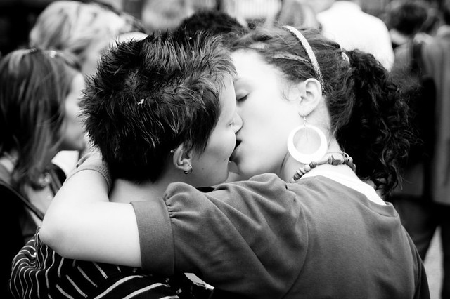See all the photos of Parisian Lesbian & Gay Pride in this set : 30Jun07 ...