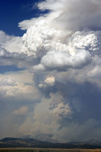 smoke explosion forestfire plume pyrocumulus ©tylerknottgregson gatesofthemountainsfire meriweatherfire