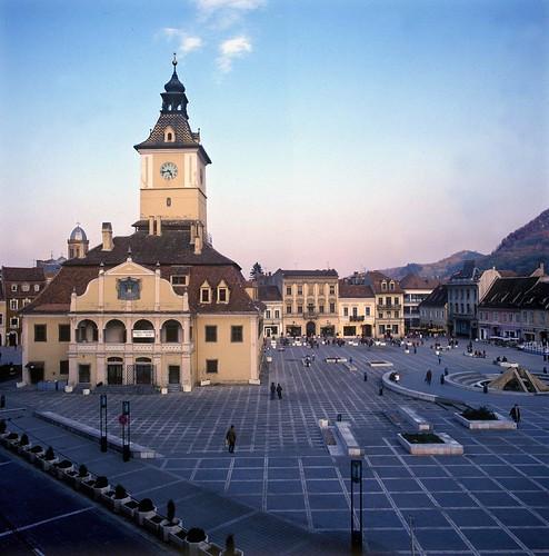 ROMANIA - BRASOV CENTRAL SQUARE