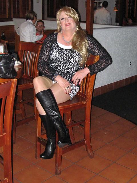 Dinnner at Carrabbas in Vegas Leather Boots