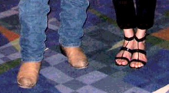 feet ykos