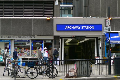 Archway station