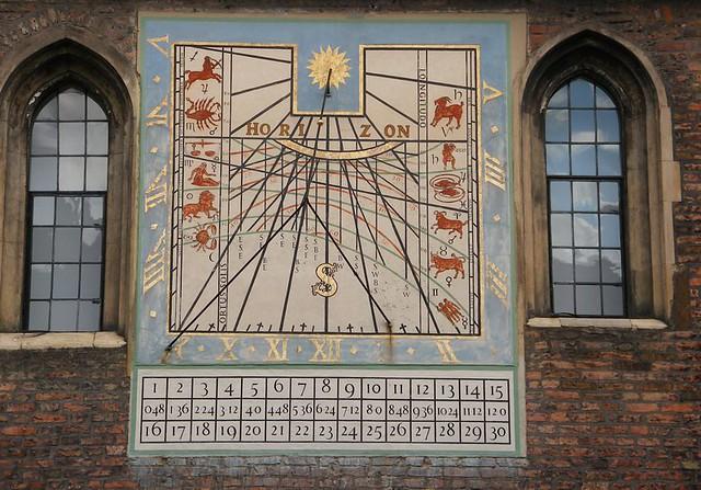 how to make a digital sundial