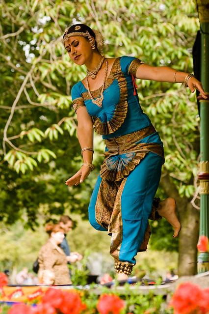 Bharatanatyam |... Bharatanatyam Krishna Poses