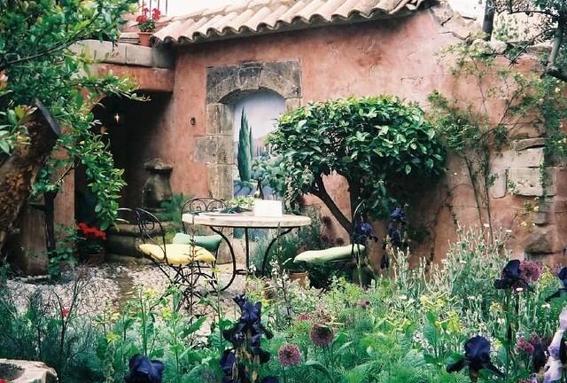 Mediterranean Courtyard Flickr Photo Sharing