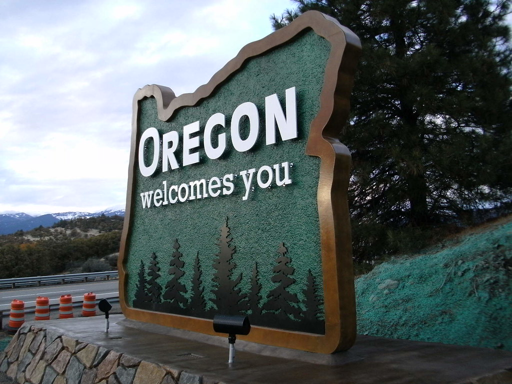 New Oregon welcome sign