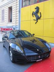 race car(1.0), automobile(1.0), automotive exterior(1.0), wheel(1.0), vehicle(1.0), automotive design(1.0), ferrari 612 scaglietti(1.0), ferrari s.p.a.(1.0), land vehicle(1.0), luxury vehicle(1.0), supercar(1.0), sports car(1.0),
