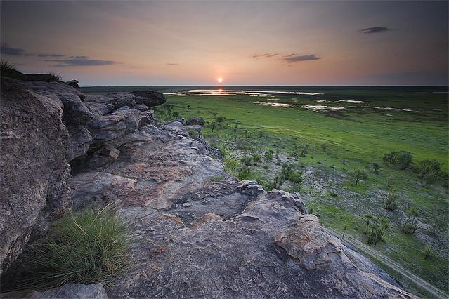 Atardecer en el Parque Nacional Kakadu. Territorio del Norte, Australia.
