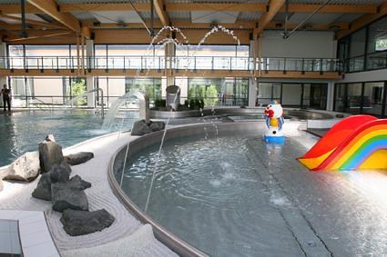 Piscine des remparts s lestat alsace la piscine des for Piscine selestat