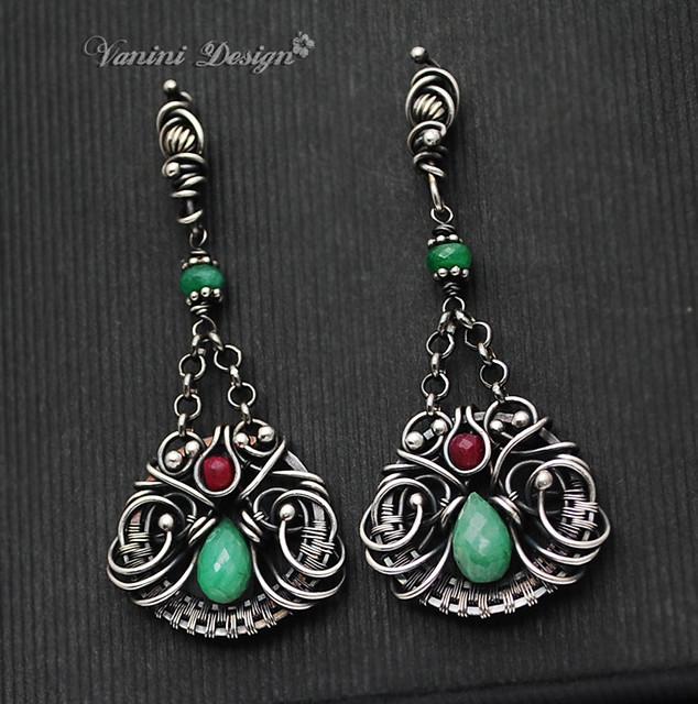 Angelina jolie emerald earrings value