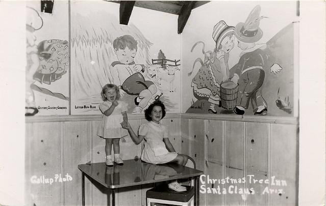 Christmas Tree Inn, 1940's
