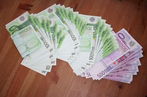 8.000 Euro