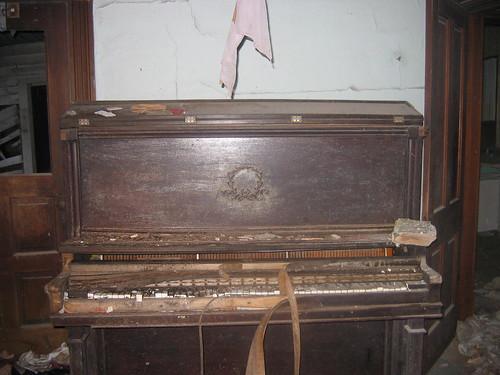 Anatomie d 39 un piano le blog de transport piano for Anatomie du meuble