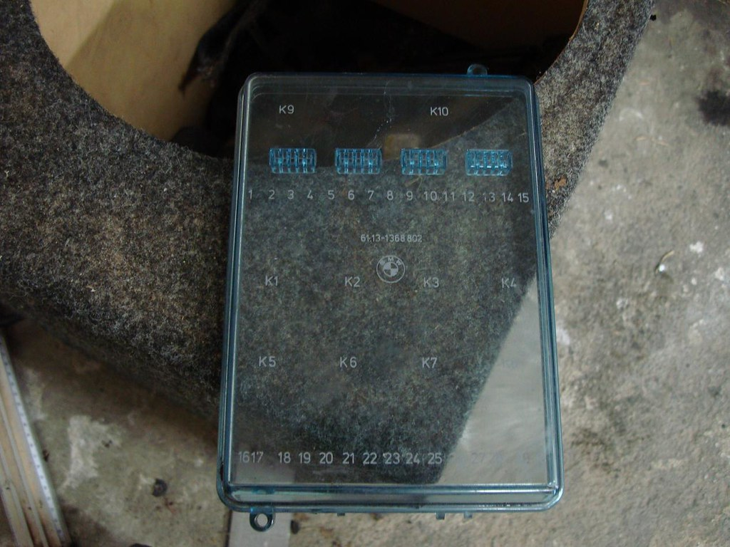 E30 Fuse Box Lid : Fs e and parts r vlimited forums