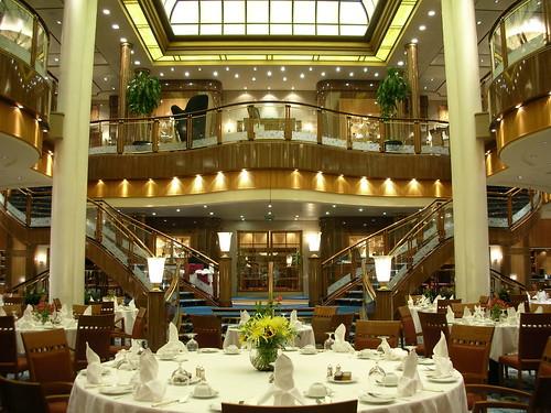 Cunard QM2. Brittania Restaurant