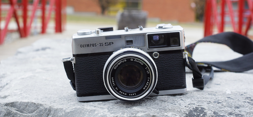 CCR - Review 29 - Olympus 35 SP