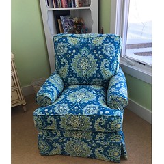 Our popular #FourSeasons Sarah Swivel chair in Cadogan Oasis fabric found a new home today! #BellTower #Lakehouseliving #Indoorfurniture #InteriorDesign #Slipcovered #ShopLocalRichland #Kalamazoo #Belltowerlakehouseliving
