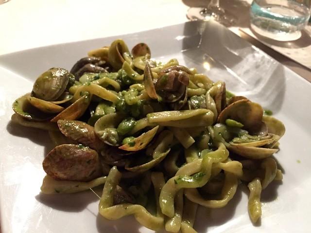 fava-beans-clams-cr-brian-dore