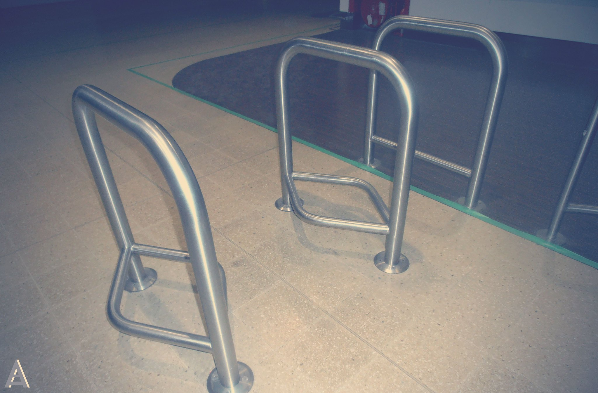 airport chairs price