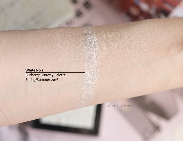 Burberry Runway Palette 2016 White No1 swatch