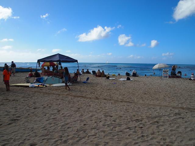 PB290519 waikiki ワイキキビーチ ハワイ hawaii デューク・カハナモク像 ひめごと ヒメゴト