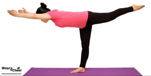 5 Best Yoga Exercises For Saggy Breasts