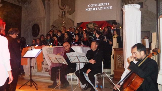 Noicattaro. Concerto meditazione al Carmine intero