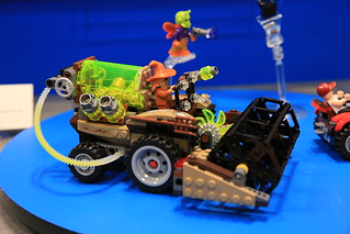 LEGO DC Comics 76054 Batman Scarecrow Harvest Of Fear 03