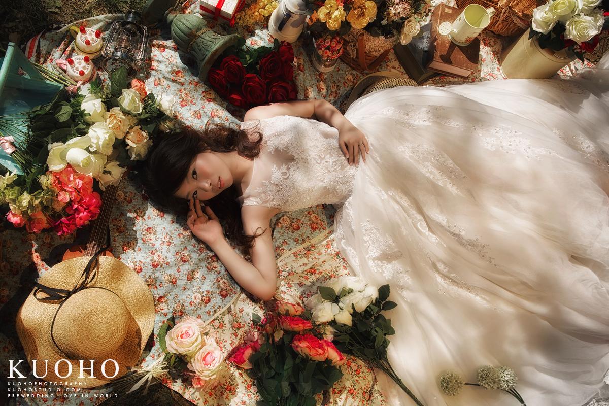 台中婚紗,台中自助婚紗,台中拍婚紗,prewedding,自助婚紗,海外婚紗,野餐婚紗,草地婚紗,海邊婚紗